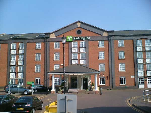 Chester Tourist Holiday Inn Ellesmere Port And Cheshire Oaks