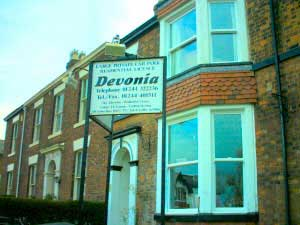 Devonia Guest House. Please click for Web Site www.devonialodge.co.uk