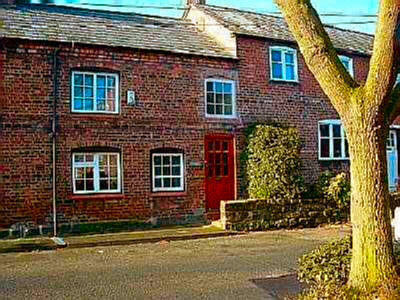Inglenook Cottage is located outside the City Centre. Please click for Web Site www.inglenookcottages.com