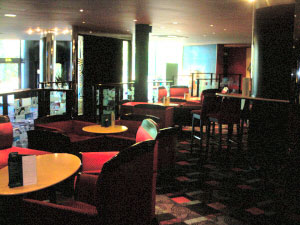 Arts Bar is part of the Mercure Chester East Hotel in Chrstleton
